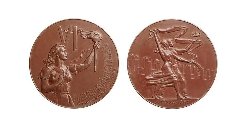 Настольные медали, их история появления и особенности